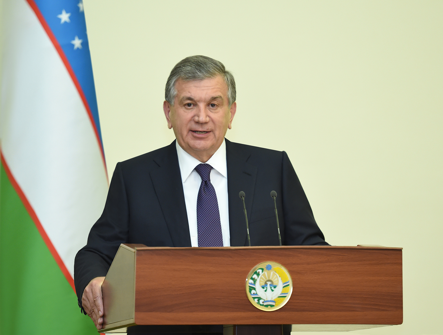 PRESIDENT OF UZBEKISTAN RECEIVED THE PRESIDENT OF THE EUROPEAN BANK FOR RECONSTRUCTION AND DEVELOPMENT